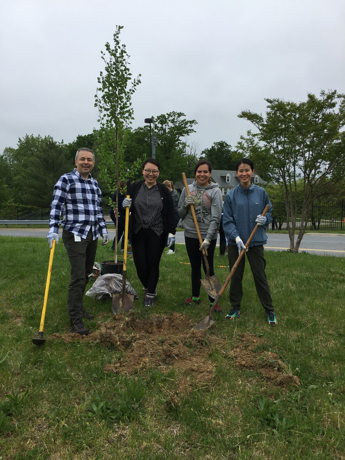 9-11am Fairmount Heights Community Planting Day